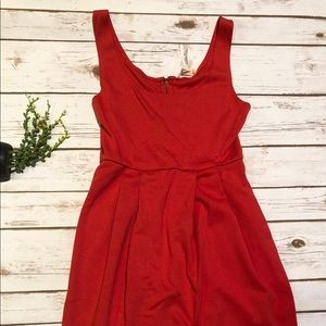 Forever 21 sleeveless red mini dress size small